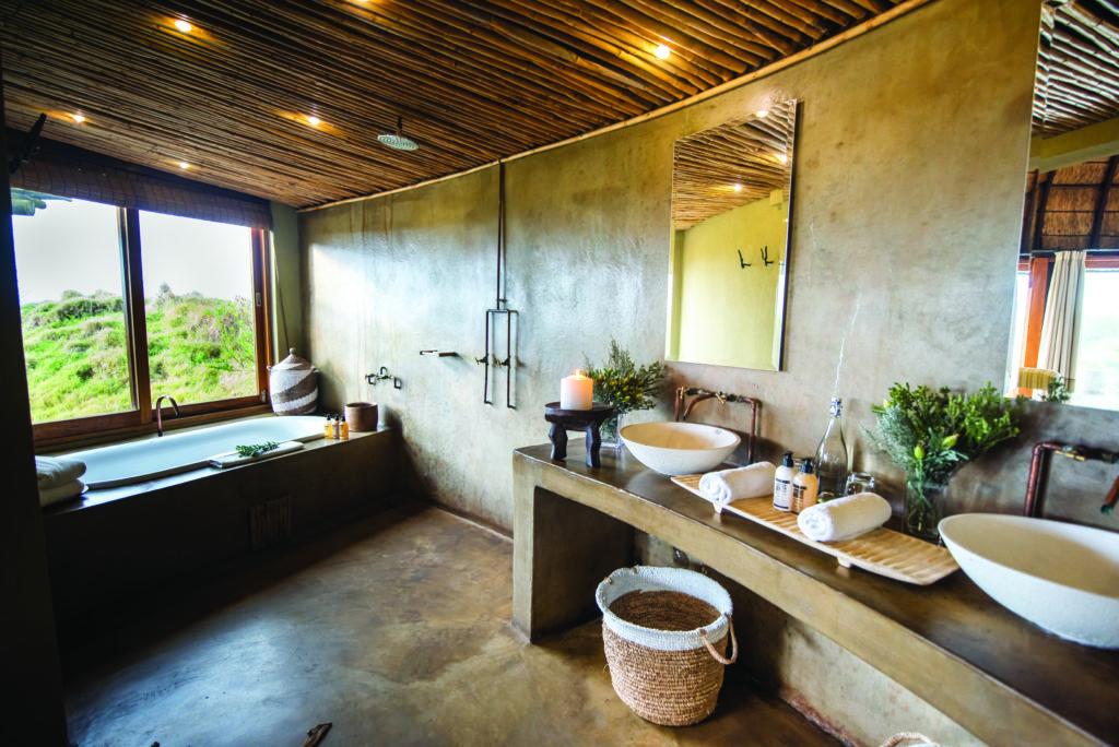 Kwena Room Bathroom