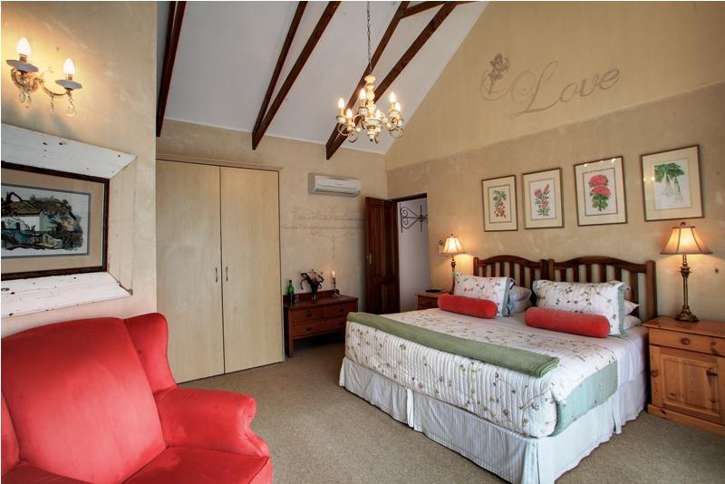 Acorn Guest House - George - golfinthegardenroute.com