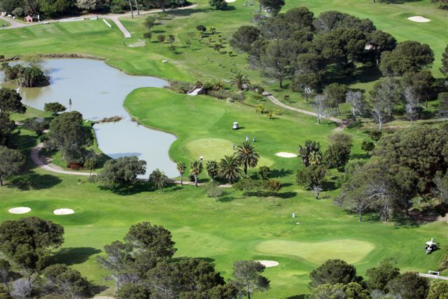 PE Golf Course Greens and Lake