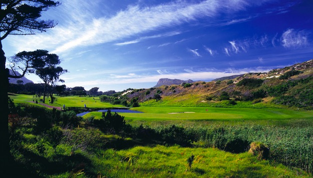 Clovelly Golf Course Greens Mountain Views