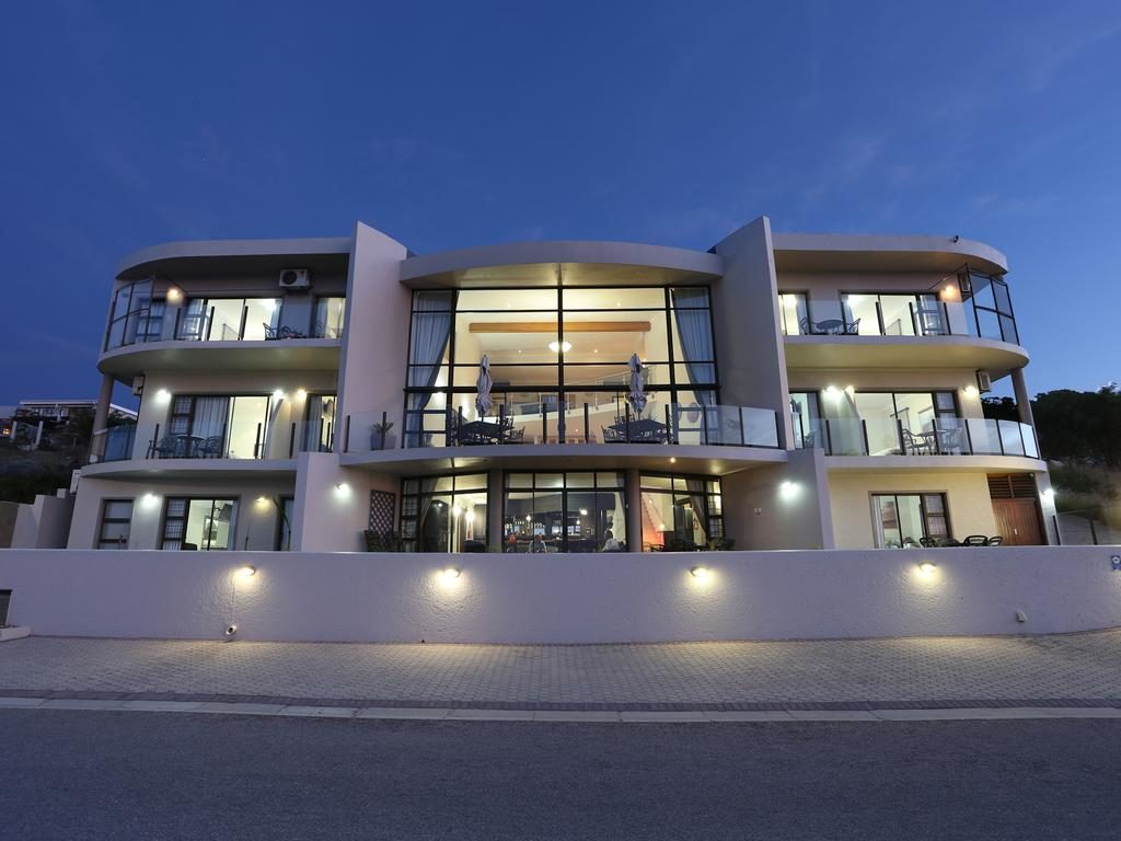 Bar-t-nique Guest House Mossel Bay